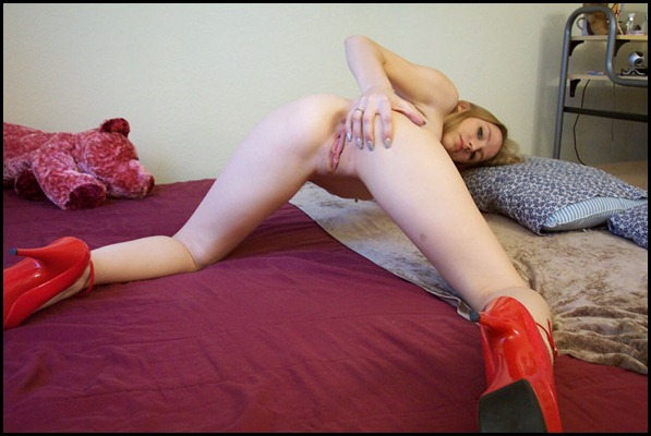 Vicky-Rae-16